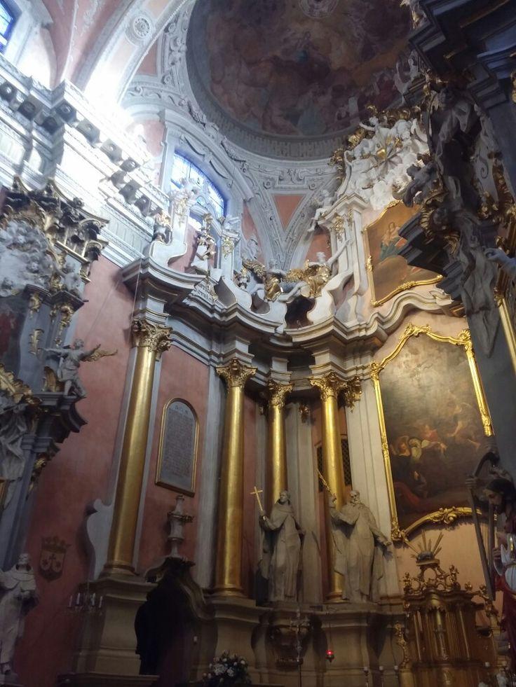 Sv. Tereses Baznycia| Church of St Theresa, ausros vartu gatve 14, Vilnius