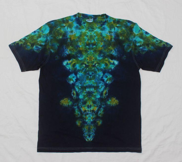 Size XL Symmetrical Blue Green Tie Dye Shirt  T-shirt  Psychedelic Hippe Tee by OtdelMaljaraTieDye on Etsy