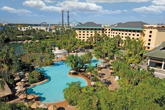 10 Benefits of Staying at the Loews Royal Pacific Hotel at Universal Studios Orlando