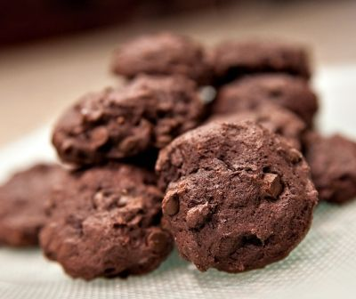 A quick diabetic cookie recipe: chocolate chocolate chip cookies. Recipe has been approved by nutritionists for people with type 1 diabetes or type 2 diabetes. A treat for anyone with diabetes!