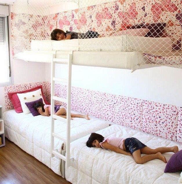 Redinha em volta da cama dá pra ser pintada e adereçada.