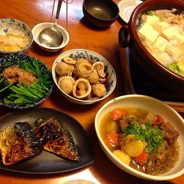 カンボジアへ3週間の出張‼︎ まぁ、向こうでも 和食は食べられるけど…  我が家の味を❗️ 明日からは  手抜きだぁ‼︎ - 12件のもぐもぐ - 和食に❗️  湯豆腐  肉じゃが  小芋とイカの炊いたん  塩サバ焼き  ほうれん草醤油和え  白身魚のフライ by miyuyasushima