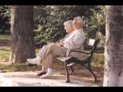 Nyugdíjas himnusz - YouTube