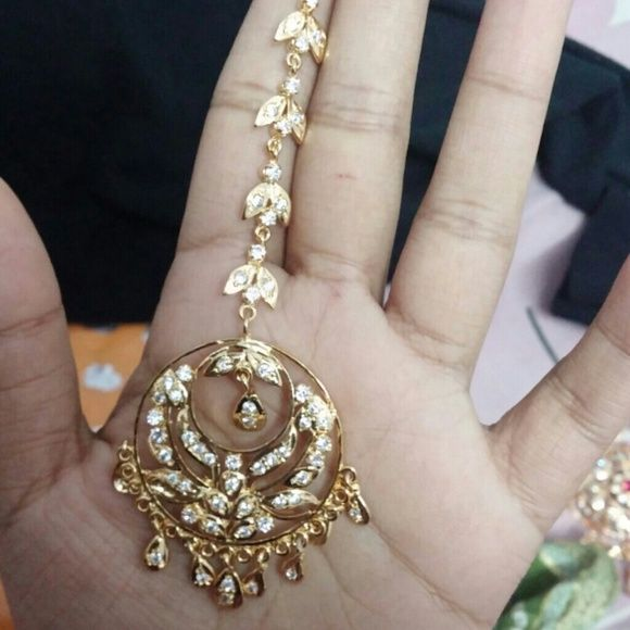 Head piece. Maang tikka Indian head accessory, Jewelry