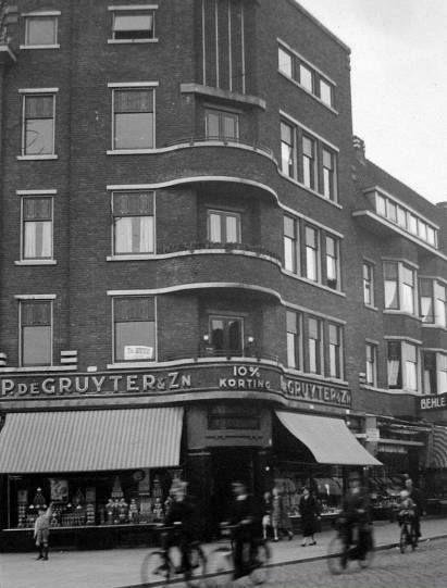 Rotterdam - Beijerlandselaan, met links de Slaghekstraat. jaartal 1935
