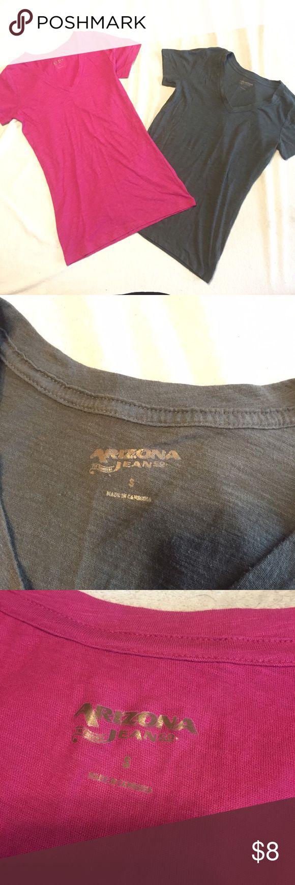 Arizona brand t-shirts Bundle of 2 Arizona brand t-shirts. Both size small. 1 hot pink, 1 gray. Great condition Arizona Jean Company Tops Tees - Short Sleeve