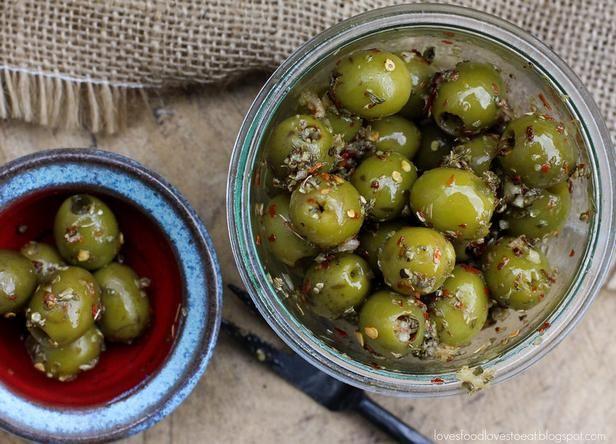Оливки маринованные