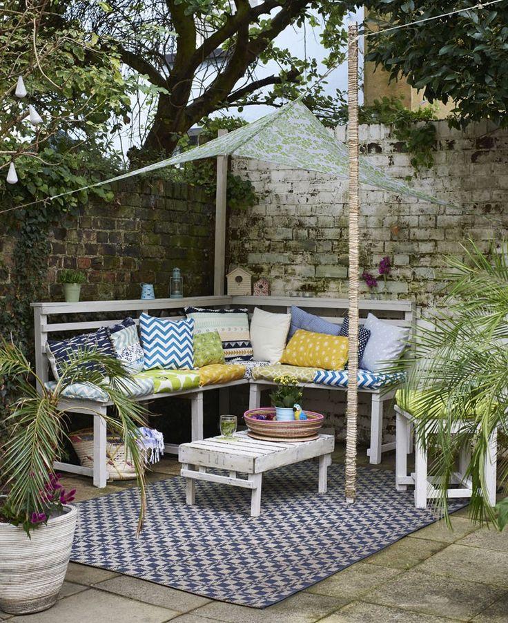 Beautiful al fresco lounging space | Hester van Overbeek's upcycled furniture hacks | Reclaimed | Urban Garden | Outdoors | Industrial Vintage Furniture | Warehouse Home Design Magazine