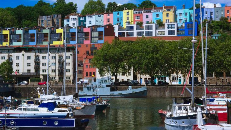 The best things to do in Bristol, one of the UK's most exciting cities. Includes Bristol restaurants, street art, and more. Plus Bristol things to do video.