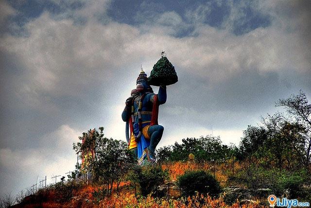 The giant Hanuman Statue, Hill View Stadium, Puttaparthi,  Andhra Pradesh, India   @ http://ijiya.com/8236351