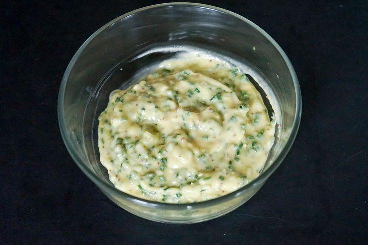 Sauce tartare. Sauce dérivée de la mayonnaise.. La recette par Chef Simon.