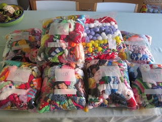 Glasgow Fort Stitch 'N' Bitch: 951 hats here for The Big Knit