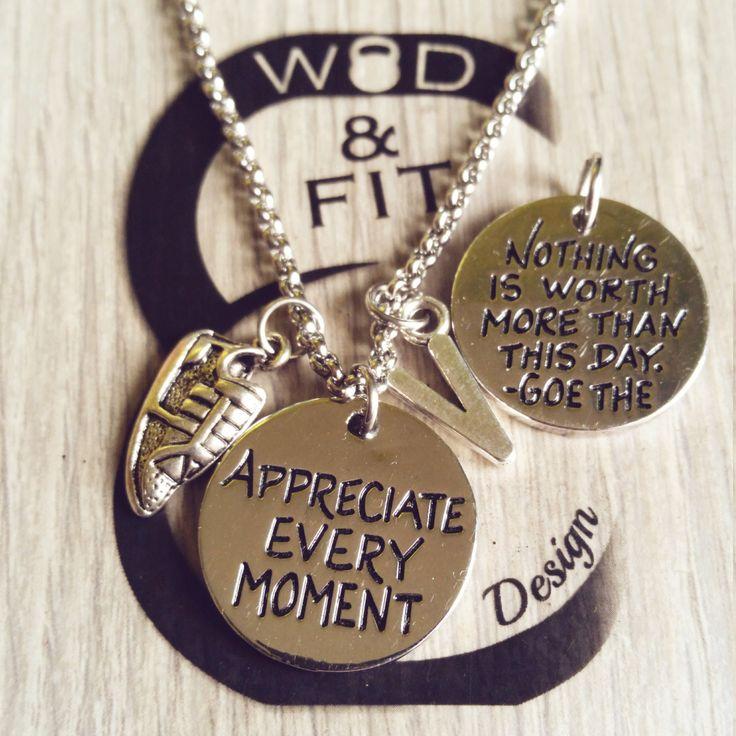 Necklace Appreciate Every Moment Zapadilla,Iniciál,Mancuerna y Motivación,Fitness,Gym,Runner Regalo Mujer Running Shoe Carrera Maratón Sport de WodAndFit en Etsy