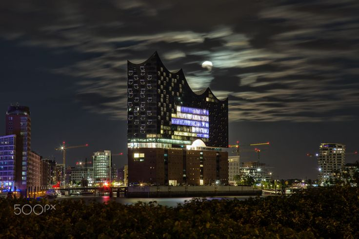 Moon over Hafencity by Sabine Wagner on 500px
