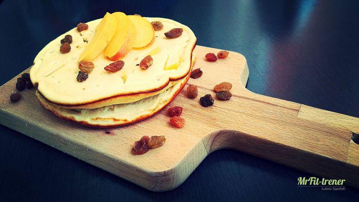 Proteinowe serniczki brzoskwiniowe z patelni na szybko | Przepisy dietetyczne