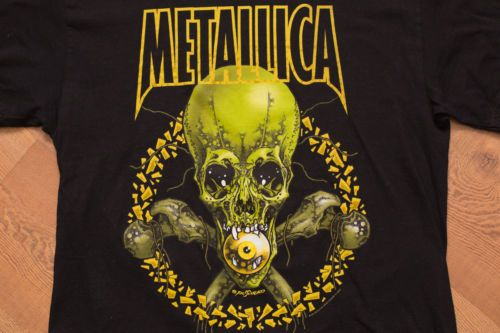 METALLICA-No-Leaf-Clover-Tour-T-Shirt-2001-Pushead-Skull-Graphic-Tee-Giant-Tag