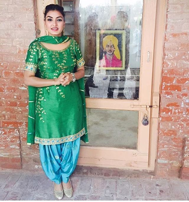 1000 Images About Gagan On Pinterest: 1000+ Images About Punjabi Suits On Pinterest