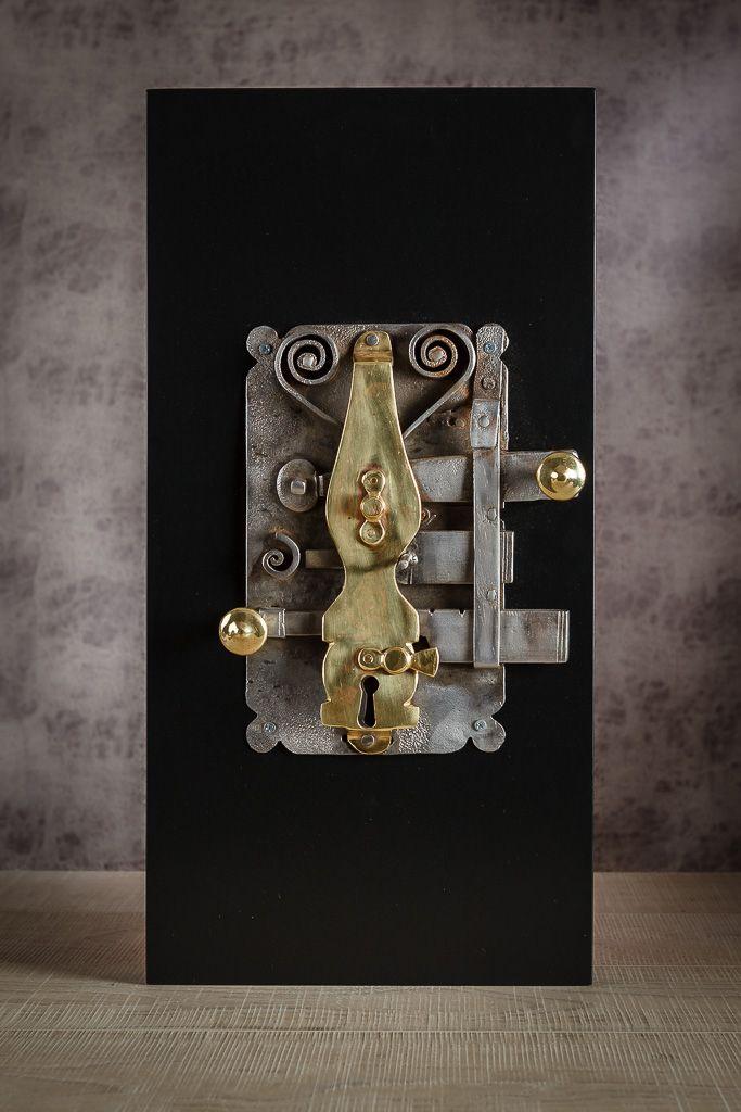 Dot design studio by Irem  old ottoman door lock www.irembonfil.com