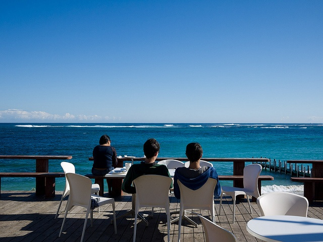 MARGARET RIVER - White Elephant Beach cafe, Margaret river. Coffee and cake. Great beach views - 7:30am - 3pm