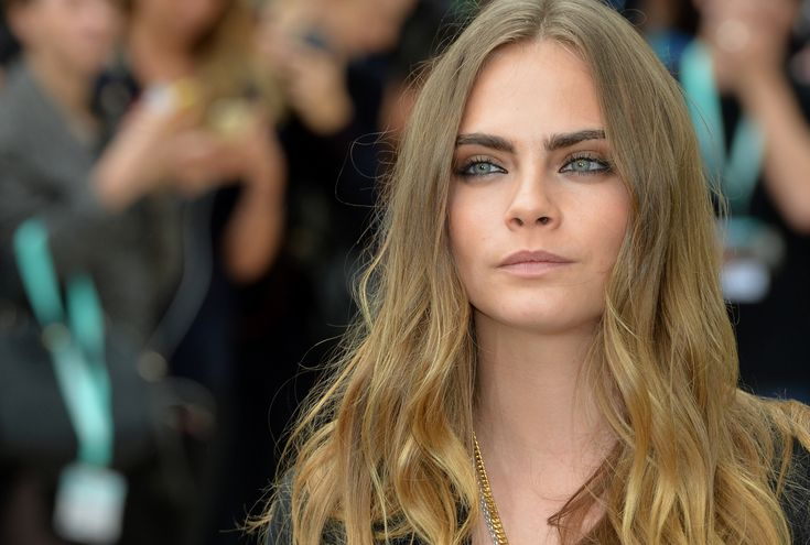 The Daily Roundup: Cara Delevingne's Front Row Date, American Apparel Is Saved - Daily Front Row - http://fashionweekdaily.com/daily-roundup-cara-delevingnes-front-row-date-american-apparel-saved/