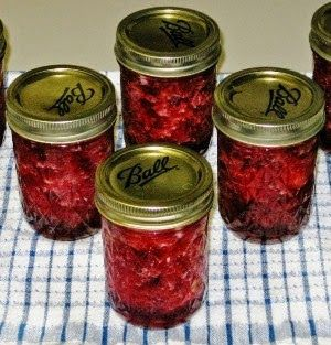 THE IOWA HOUSEWIFE - Canned Cranberry sauce (add an orange or 3)