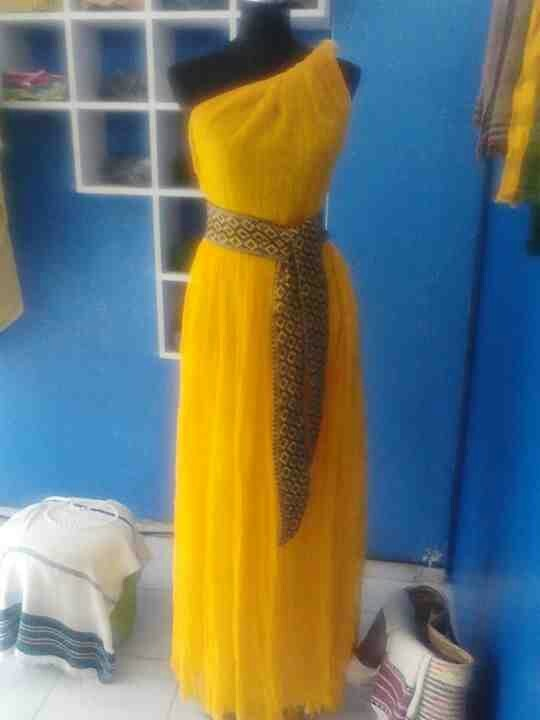 Ethiopian Dresses For Bridesmaids One Green One Yellow