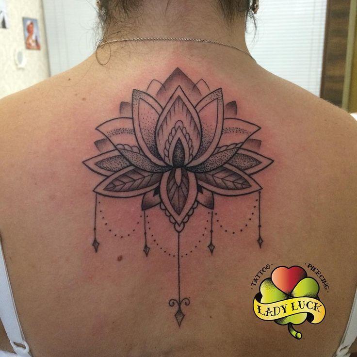 Flor de lotus feita por nossa tatuadora Eliana Quintella❣ #ladylucktattoo #ladylucktattoorj ...