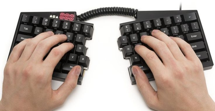 Ultimate Hacking Keyboard makes programmable typing a split decision - http://backerjack.com/ultimate-hacking-keyboard-makes-programmable-typing-a-split-decision/