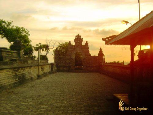 Uluwatu Temple Sunset