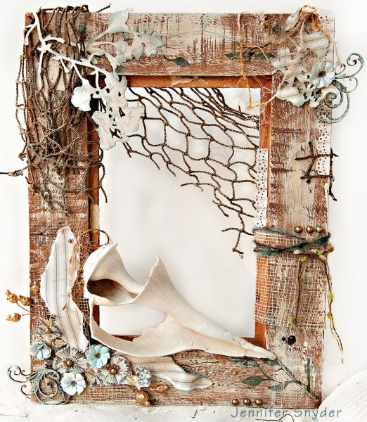 What a beautiful DIY frame idea for shellers!