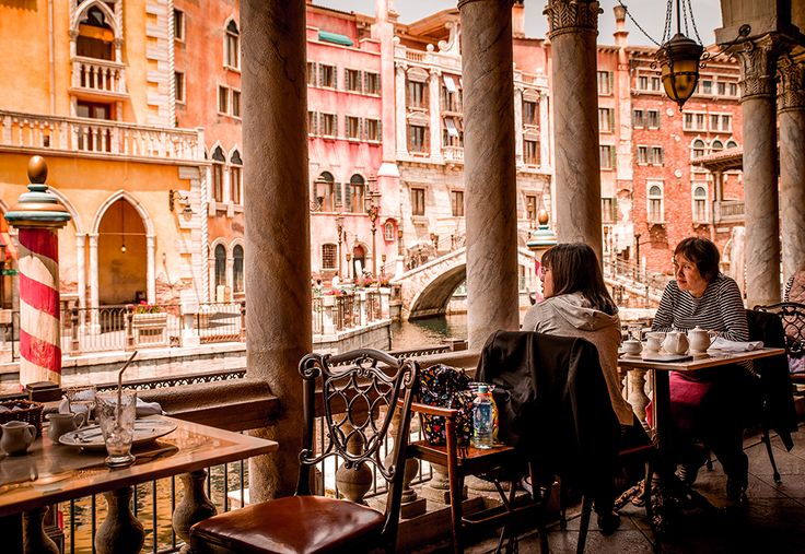 Ristorante di Cannaletto is a table service Italian restaurant in Mediterranean Harbor at Tokyo DisneySea with outdoor patio seating overlooking the Veneti