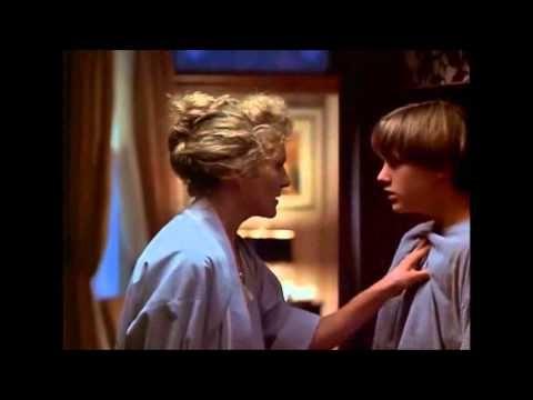 ****IRÁNY A MISSISSIPPI /A csodaszer (The Cure) színes, magyarul beszélő, amerikai filmdráma, 95 perc, 1995 (12) Erik érdeklődve figyeli a szomszédságukba költözött új lakókat. Kider...