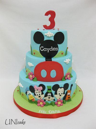 C180. Mikki Hiiren kerhotalo kakku. Mickey Mouse Clubhouse cake.