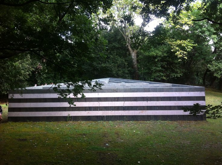 "Robert Morris ""Labirinto"" Fattoria di Celle http://www.goricoll.it/"