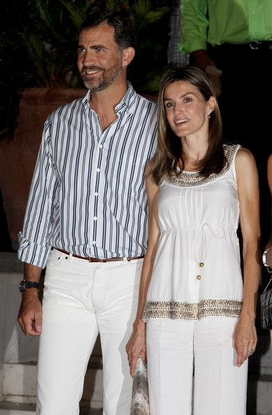 Queen Letizia of Spain Photos Photos - Crown Princess Letizia of Spain and Crown Prince Felipe attend a pre-wedding reception at the Poseidon Hotel on August 24, 2010 in Spetses, Greece.The small greek Island, three hours from Athens, is gearing up for the Royal Wedding of Prince Nikolaos of Greece and Tatiana Blatnik on Wednesday. Royals from all over Europe and the world are expected to attend the ceremony.Prince Nikolaos is the second son of King Constantine and Queen Anne-Marie while…