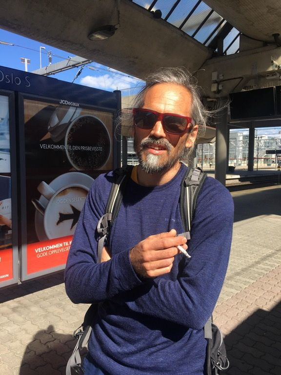 """""""My french friend that lives in Norway traveled over 500km to vote against le Pen in the French election today."""""""