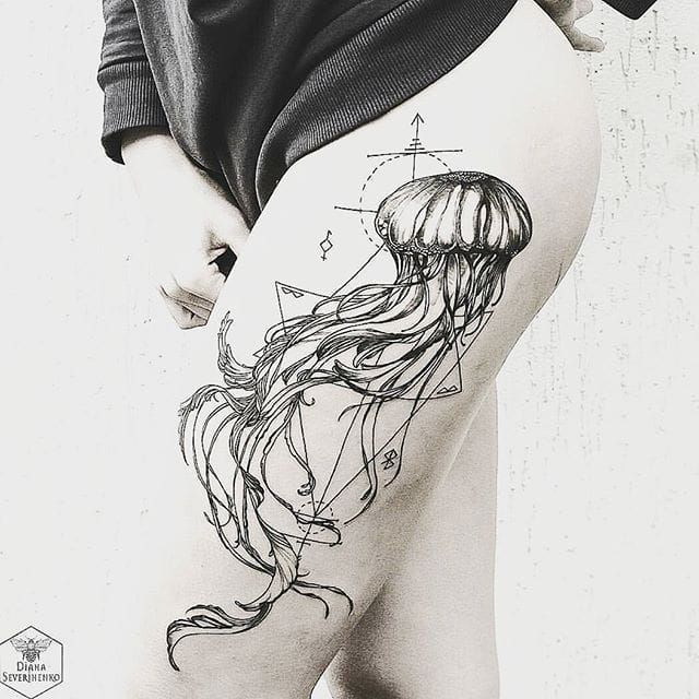 Blackwork jellyfish tattoo by Diana Severinenko.