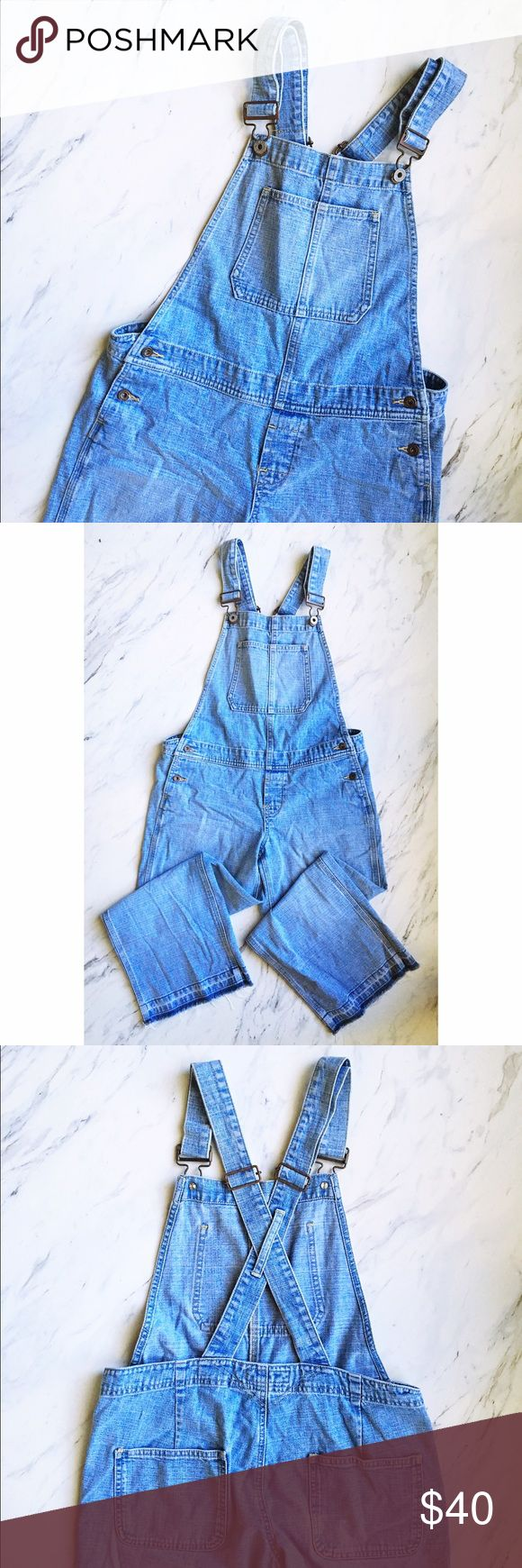 Old Navy Raw Hem Cropped Overalls Really great overalls with raw-dyed hem! Very on trend, super casual. Cross straps on the back. Great for fall!! Old Navy Jeans Overalls