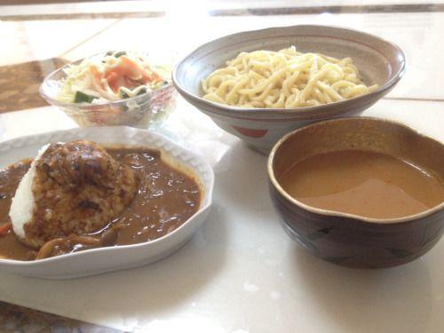 No.33 激辛魚粉魚介つけ麺と、ミニゆうべのカレーとサラダ。 #麺は買った #スープは鶏ガラと混合節ダシ