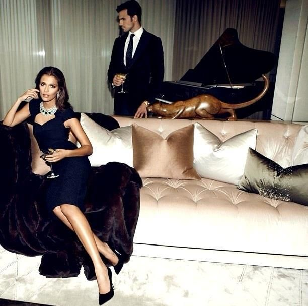 Classy And Glamorous Photo: Engagement Pictures... So Classy!!