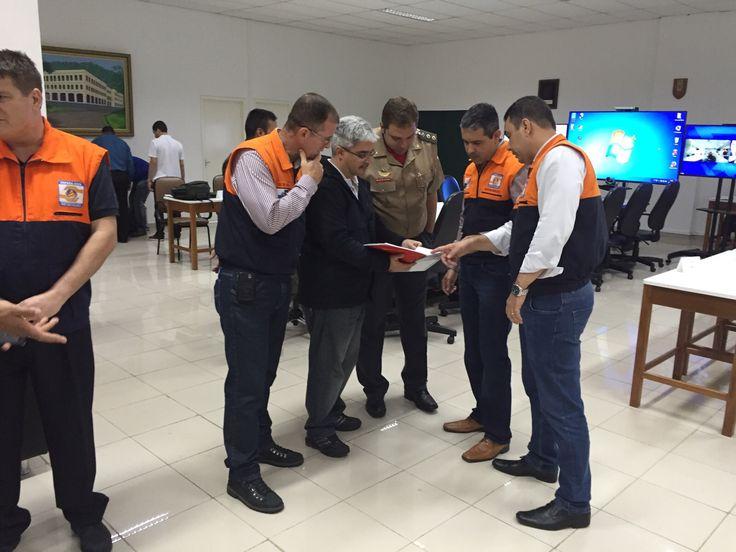 CONSTRUINDO COMUNIDADES RESILIENTES: SEDEC-RJ Participa do E.G.R. à Emergência Nuclear