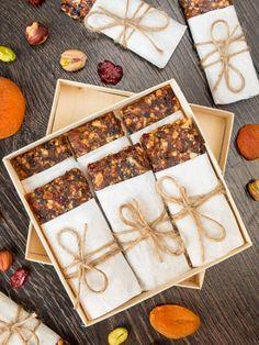 Батончики из сухофруктов - вкусные проверенные рецепты, подбор рецептов по продуктам, консультации шеф-повара, пошаговые фото, списки покупок на VkusnyBlog.Ru