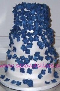 #Blue #Hydrangeas #Wedding #cake www.secondslices.ca