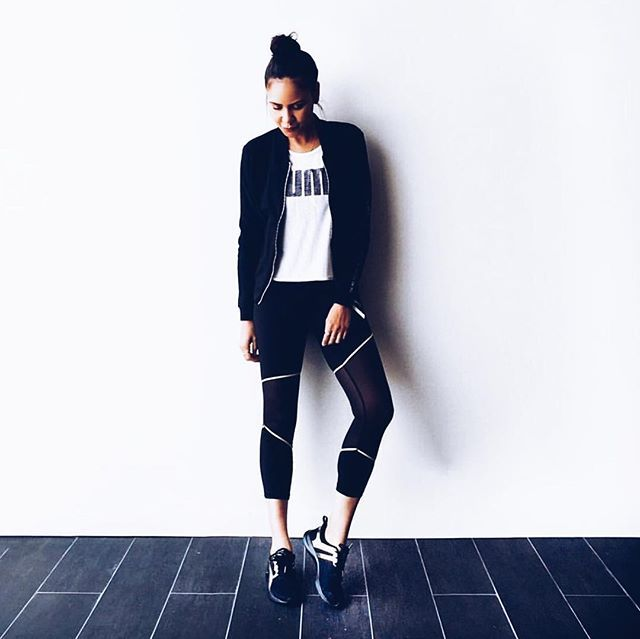 @tayehansberry being a mega babe and rocking her fit kit! 😍 #FitKit #sweatsmartsweatsexy #sportfx #fitmodel #sportfxwomen #babealert #activewear #fiercelyfit