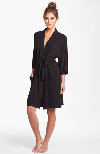 Free shipping and returns on DKNY 'Urban Essentials' Robe at Nordstrom.com. An exceptionally soft knit with a beautifully fluid drape defines the relaxed surroundings of a short robe that's a perfect addition to your morning routine or relaxed evening plans.