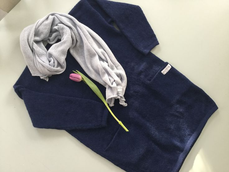 Allivilla knit dress in navy alpaca wool.