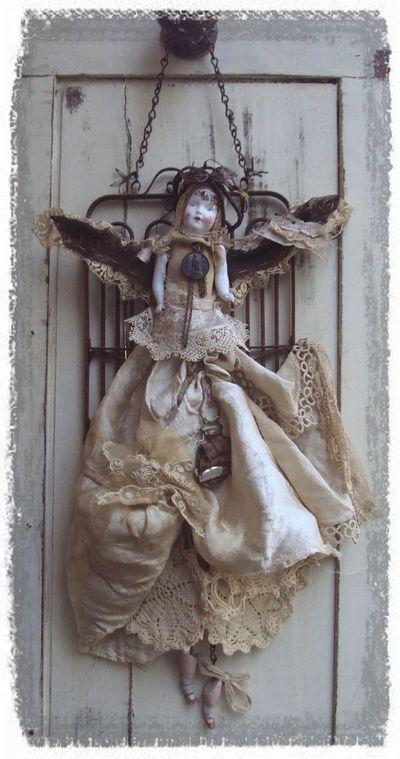 JoAnnA Pierotti  --mosshill.blogs.com--: