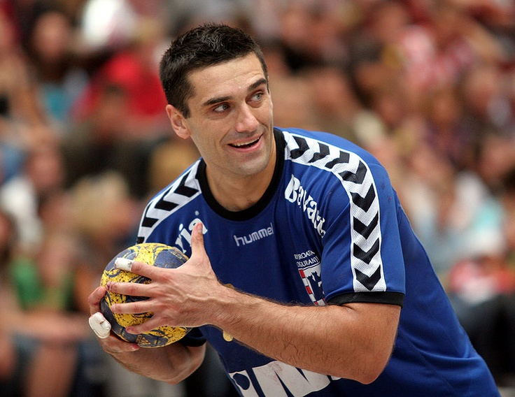 Kiril Lazarov 06.... performance guy!