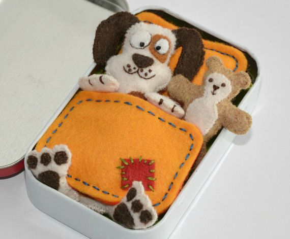 Altoid Tin Dog Felt Toy Plush with Teddy Bear, Blanket, Mattress and Pillow - Spotty Patch Cream - Mint Tin Pocket Toy
