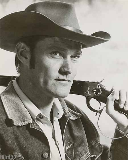 CHUCK CONNORS THE RIFLEMAN 8X10 BW GLOSSY PHOTO